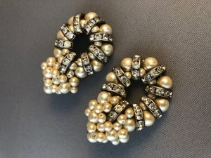 Vintage Oval-Shaped Clip On Drop Earrings With Faux Pearls & Faux Diamonds