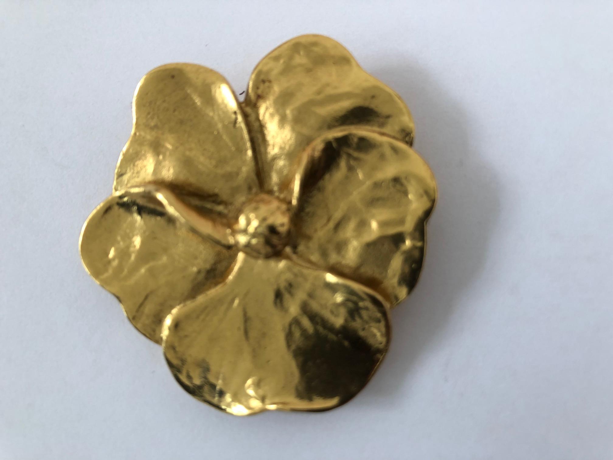 793abb18490 YSL YVES SAINT-LAURENT 5-leaf clover Women's Brooches & Pins