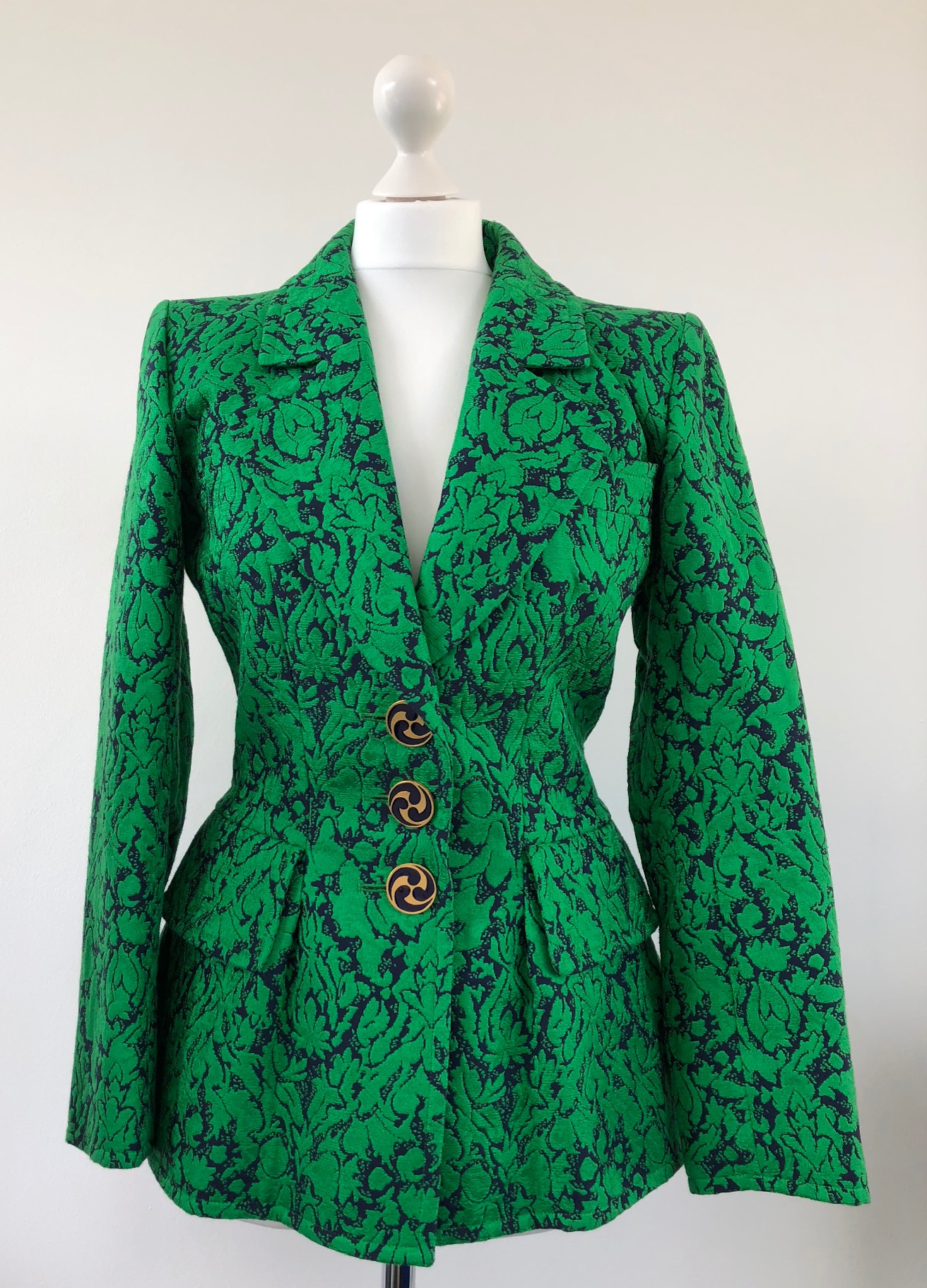 b2b54f4089e YSL Brocade Cashmere Print Fitted Jacket 1992-1993 Collection
