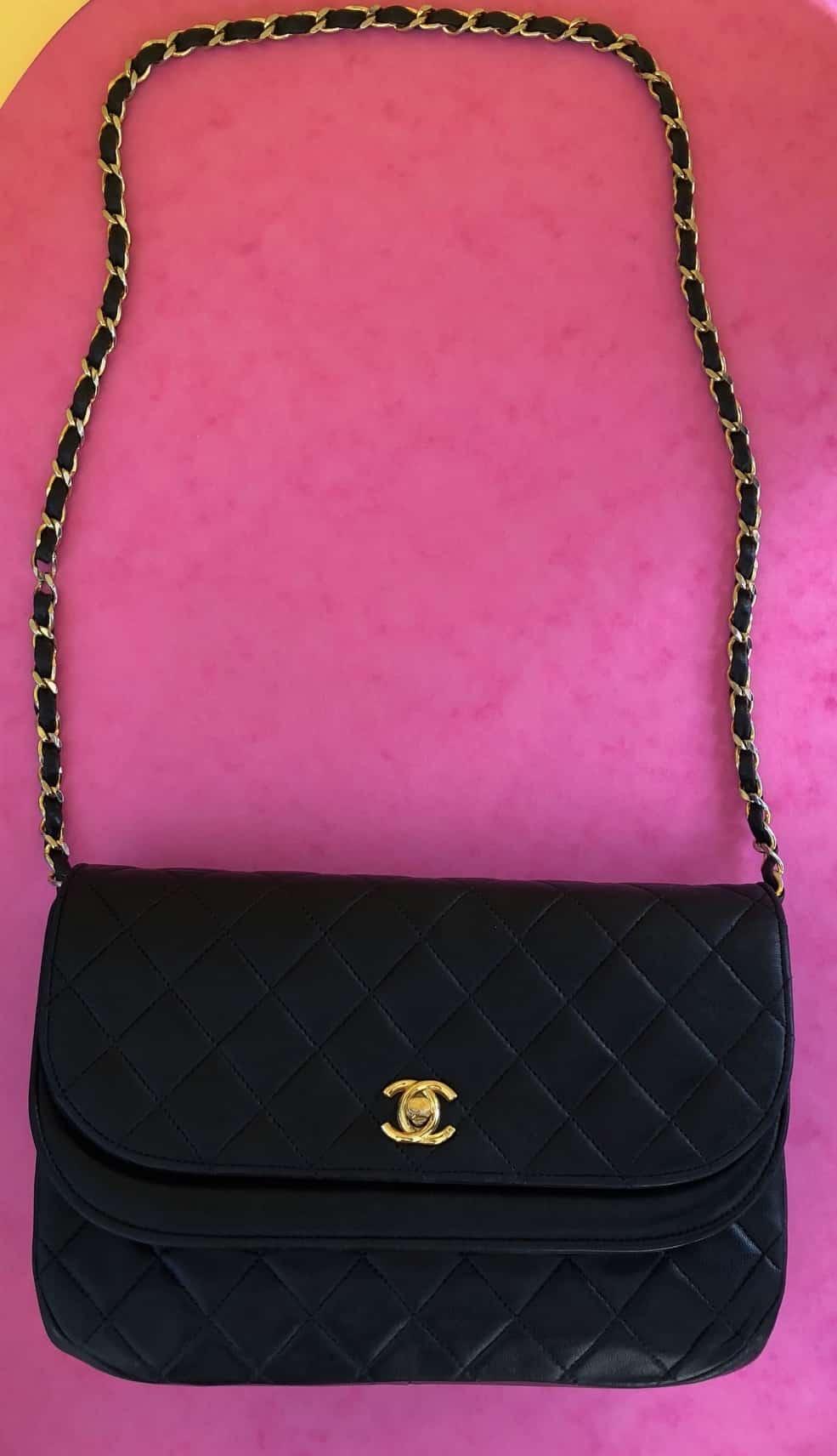 af6c09f5acde2b CHANEL 2.55 Vintage Double Flap Bag 1995