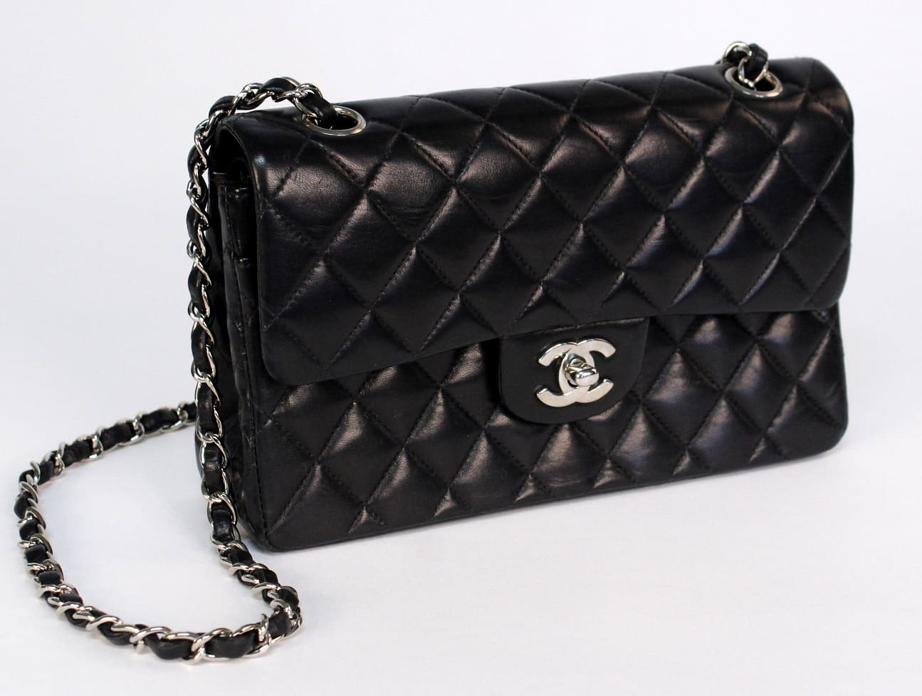 60a0b7d0f65f CHANEL Vintage Double Flap Shoulder Bag - Chelsea Vintage Couture