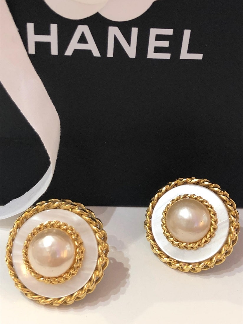 4675e21ef1a0b CHANEL Vintage White & Gold Large Dome Gold Pearl Earrings